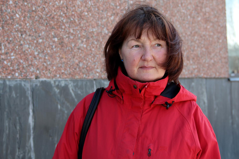 När Ljubova Valtersson började som målare i Estland var kvinnorna i majoritet. Foto: Helena Forsberg