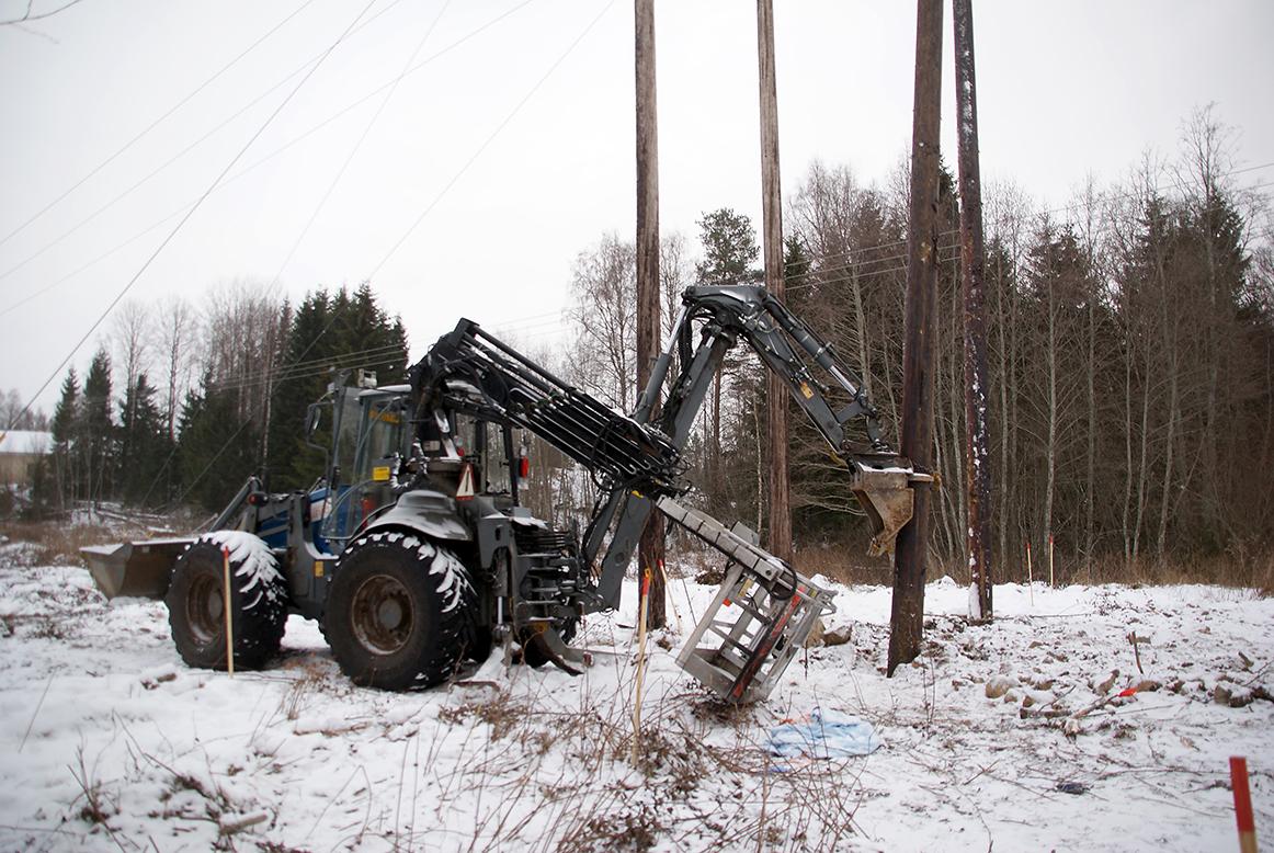 Från olycksplatsen i Tyfors, där två linjemontörer omkom i november. Foto: Per Eklund