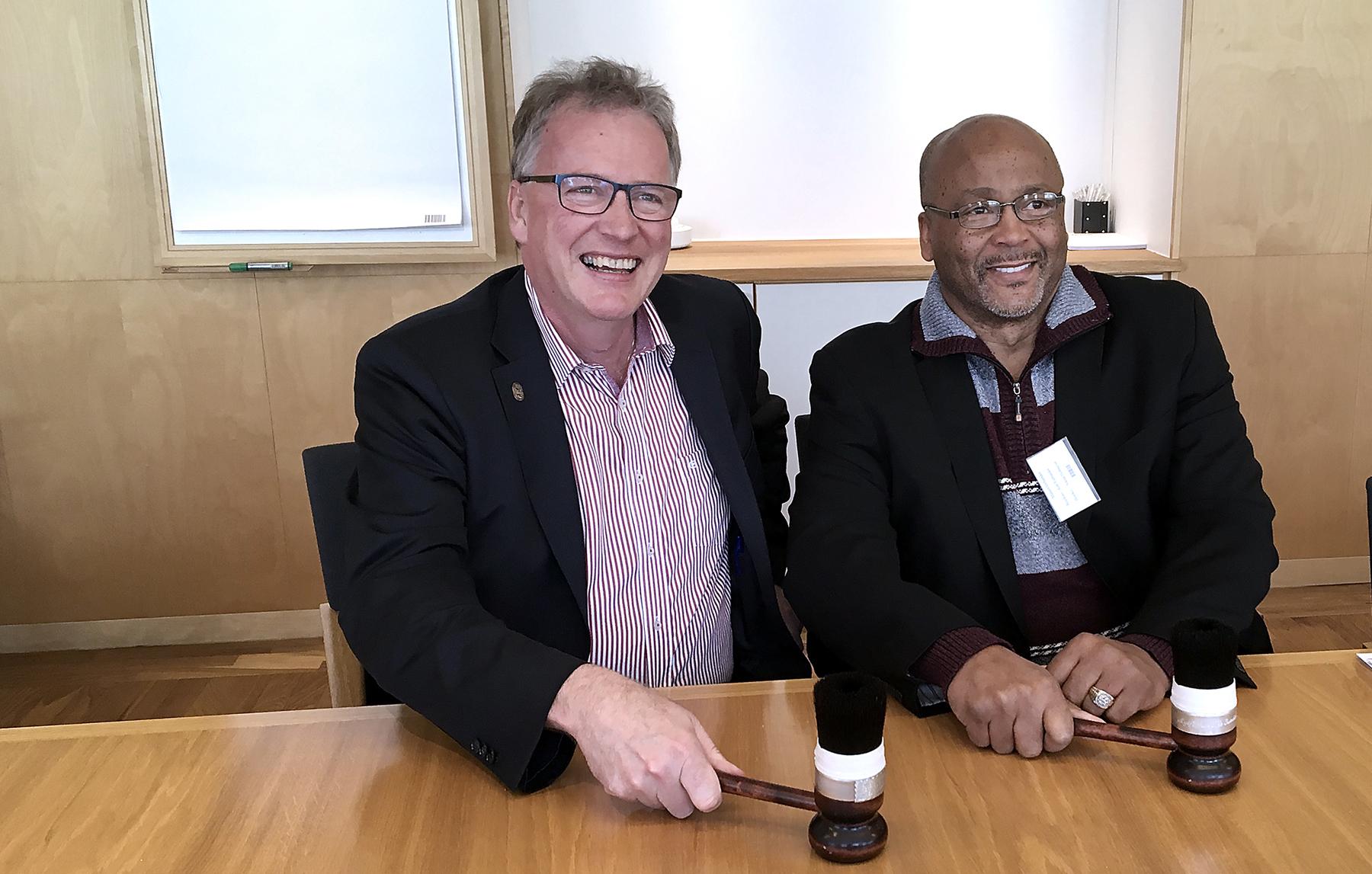 Mikael Johansson och Kenneth E Rigmaiden. Foto: Christer Wälivaara