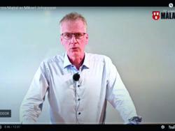 Mikael Johansson i ett videoklipp på en datorskärm