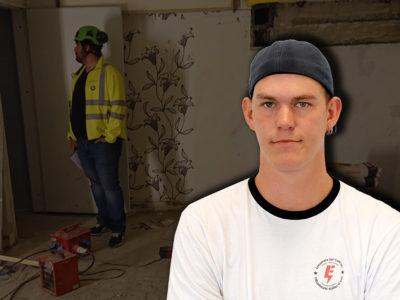 Ett foto av ett skyddsombud på en stökig arbetsplats, med ett foto av Claes Thim monterat över