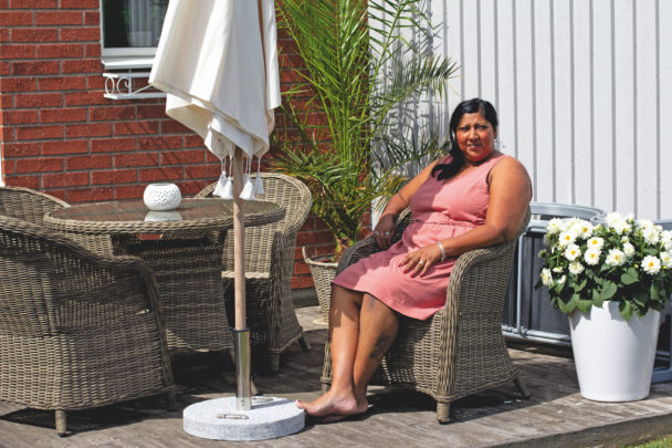 Linda Bengtsson på sin altan
