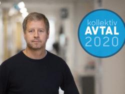 Peter Sjöstrand i en korridor, med en ikon för Avtal2020 monterat över
