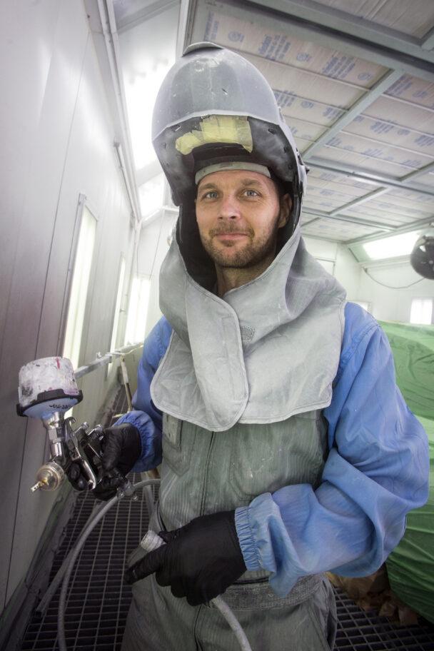 Andreas Jönsson i skyddsutrustning