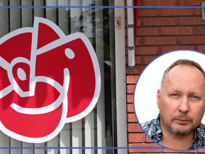 En bild på Kari Parman monterad över en bild på Socialdemokraternas logga i ett fönster