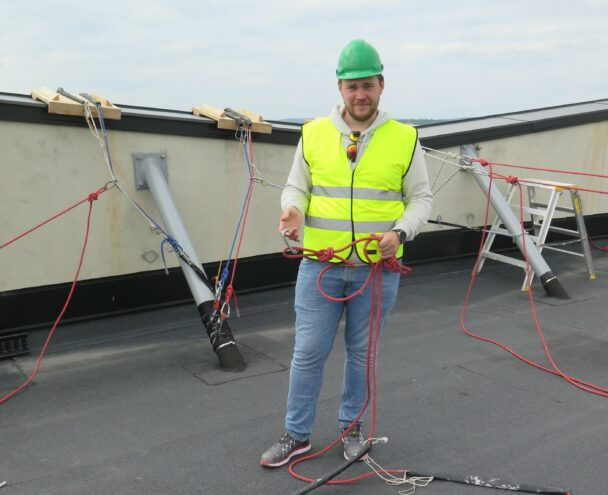 Oskar Nilsson på taket