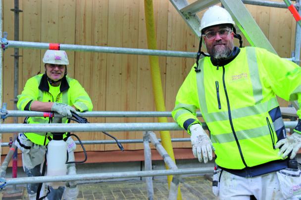 Jimmy Wallin Anders Lundstrom på arbetsplatsen
